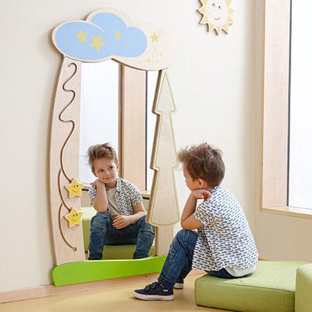 Spiegel im Kindergarten